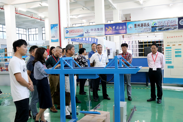 肖建彬校长率队赴惠州城市职业学院参观学习