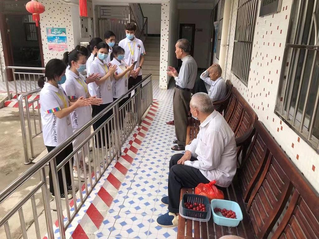 财经学院志愿队前往马安敬老院开展敬老志愿服务