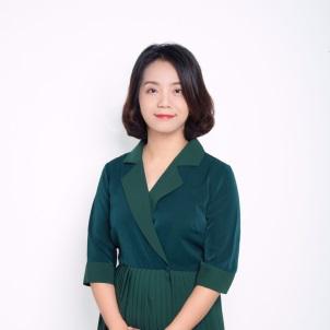 教育与应用外语学院院长潘小燕简介