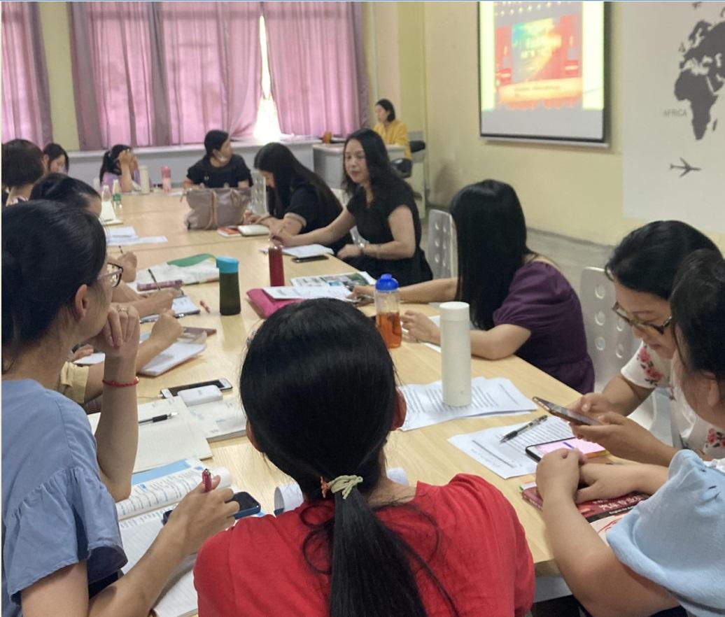 大学英语教研室召开教学教研会议